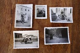 Lot De 19 Photo Vintage De Moto Motocyclette Scooter Side-car Dont 1 Photo Vélo - Sport