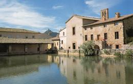 Bagnovignoni San Quirico Viaggiata La Piazza Vasca - Other Cities