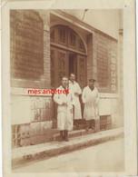Chartres 1923-enseigne Droguerie GRENOUILLOT-Jean DELAMOTTE à Gauche - Professions