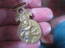 Rare Médaille Militaire 1864-1866 Secours AUX BLESSES Patrie Dévouement - Avant 1871