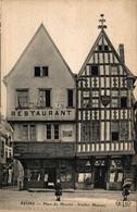 N°85404 -cpa Reims -place Du Marché -vieille Maisons- - Reims