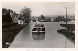 PENICHE        LIGNY EN BARROIS    LE CANAL DE LA MARNE - Houseboats