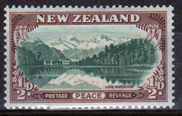 New Zealand 19486 single ½d  Stamp From The Set Issued To Celebrate Peace In Mounted Mint. - Unused Stamps
