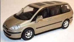 Peugeot 807 - 2007 - Beige Argenté - Cararama (Oliex) - Cararama (Oliex)