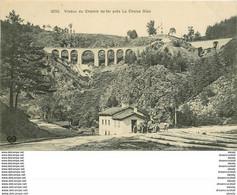 WW 43 LA CHAISE DIEU. Viaduc Du Chemin De Fer Avec Voiture De Courses Coupe D'Auvergne - La Chaise Dieu