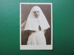 Photo Original / Sœur De La Croix Rouge  / Lettonie 1930s / Kraslava - Persone Anonimi