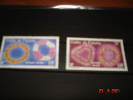 WALLIS ET FUTUNA    ANNEE  1979   NEUFS   N° YVERT 241 242   SERIE COMPLETE 2 VALEURS   ARTISANAT:  COLLIERS - Collections (without Album)
