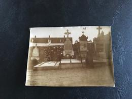 Photo (~1900) Tombe Famille Ducastel Cimetiere BEAUVAIS - Plaatsen