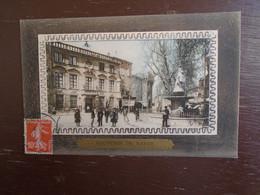 """Carte Assez Rare De 1912, Souvenir De Salon , Hôtel-de-ville Et Statue D'adam De Craponne """""""" Carte Animée """""""" - Salon De Provence"""