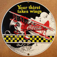 PLAQUE TOLE EMAILLEE COCA COLA YOUR THIRST TAKES WINGS 1994 THE COCA COLA COMPANY ALL RIGHTS RESERVED - Plaques émaillées & En Tôle