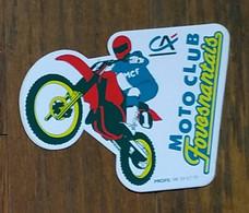 AUTOCOLLANT STICKER - MOTO CLUB FOUESNANTAIS - CRÉDIT AGRICOLE - SPORT - CLUB SPORTIF- FOUESNANT FINISTÈRE BRETAGNE - Autocollants