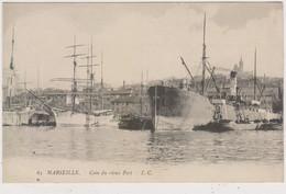 MARSEILLE :  T.T.RARE CPA. COIN DU VIEUX PORT. DECHARGEMENT D UN CARGO DE CHARBON.N.CIRCULEE.T.B.ETAT - Vecchio Porto (Vieux-Port), Saint Victor, Le Panier
