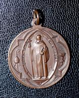 """Magnifique Pendentif Médaille Religieuse D'exorcisme Fin XIXe Bronze """"Saint Benoit"""" Religious Medal - Religion & Esotérisme"""