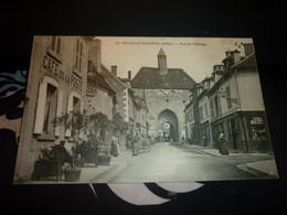 Cartes Postale Allier Ainay Le Chateau Rue De L'Orloge Cafe De La Poste Animée - Altri Comuni