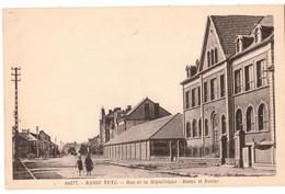 CPA-57 - BASSE YUTZ - RUE DE LA REPUBLIQUE - BAINS ET ECOLES   NON CIRCULEE ///PEU CONNUE - Other Municipalities