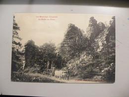 A496 . CPA. 58. LE MORVAN ILLUSTRE.. (Nièvre) .La Roche Du Chien. Beau Plan Animé . écrite - Otros Municipios