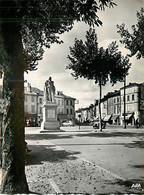 81* GAILLAC  Place Liberation  CPM (10x15cm)             MA66-0275 - Gaillac