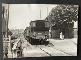 Photographie Originale De J.BAZIN: Train 040TA18 En Gare De  LA POINTE- RAQQUET , Ligne ENGHIEN- MONTMORENCY En 1954 - Trains