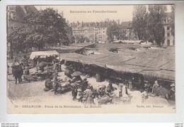 RT30.558 DOUBS. BESANCON . PLACE DE LA LIBERATION .LE MARCHE. EXCURSION EN FRANCHE-COMTE N° 88 TEULET EDIT. - Marchés