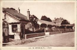 CPA AK Orthez L'Ecole FRANCE (1131266) - Orthez