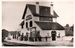 Randan (Puy De Dôme, Auvergne) La Gare - Edition Chaput - Carte Non Circulée - Stations Without Trains