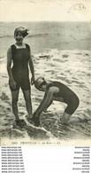 WW 14 TROUVILLE. Jeunes Baigneuses En Maillot De Bain Une Pièce - Trouville