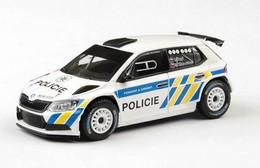 Sköda Fabia III R5 - Policie ČR - 2015 - White & Fluo - Abrex - Cararama (Oliex)