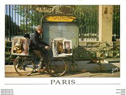 Y. Photo Cpsm 75 PARIS 01 Métro Tuileries. Cycliste Avec 2 Chiens - Arrondissement: 01