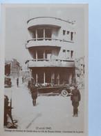 Royan - Passage Du Gal De Gaulle Au Carrefour De La Poste Le 22 Avril 1945 - Royan