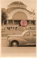 Photographie Originale. Evian-les-Bains. Le Casino. Automobile Peugeot 203. - Cars
