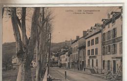 LAROQUEBROU  L'avenue Des Platanes - Otros Municipios