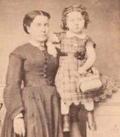 C.1860-70 Photo CDV 6x10cm  Fillette Femme  Photographie Daguerreotipe CALVET - Old (before 1900)