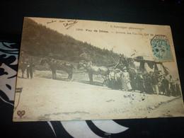 Cartes Postale Auvergne Puy De Dôme Arrivée Des Cars Au Col De Ceyssat Animée - Non Classificati