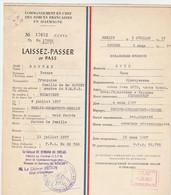 LAISSEZ PASSER COMMANDEMENT EN CHEF DES FORCES FRANCAISES EN ALLEMAGNE 1957 - - Historische Documenten
