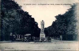 18 Saint AMAND MONTROND - Le Monument Aux Morts , Avenue De La République - Automobile     * - Other Municipalities