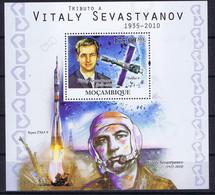 Mozambique Space 2010 Death Of Cosmonaut Vitaly Sevastyanov (1935-2010). Missions Soyuz 9 (1970) And Soyuz 18 (1975). - Mozambique