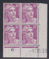 France N° 811 XX Marianne Gandon  10 F. Lilas En Bloc De 4 Coin Daté Du 9 . 10 . 53 , 1 Point Blanc Sans Charnière, TB - 1940-1949