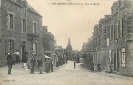 CPA 22 Côtes D'Armor - Du Nord HENANBIHEN Rue De L'Eglise - Altri Comuni