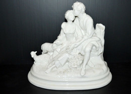 GROUPE PORCELAINE CAPODIMONTE Joseph D'ASTE SCENE GALANTE COUPLE MOUTONS FLEURS Statuette ITALIE COLLECTION DECO - Capodimonte (ITA)