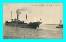 A927 / 123 44 - SAINT NAZAIRE Cargo Prenant La Mer ( Bateau ) - Saint Nazaire