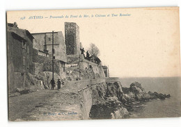 Rare H BERGER Et Cie Bleue TBE  Un Couple Promenade Du Front De Mer Le Château Et La Tour Romaine Antibes  N384 06 - Antibes - Les Remparts