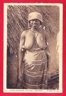 E-Senegal-365A28  Jeune Femme Cérère Les Seins Nus, Cpa - Senegal