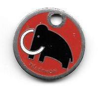 Jeton De Caddie  Fond  Rouge  Animal  MAMMOUTH  Pour  Le  TELETHON - Einkaufswagen-Chips (EKW)