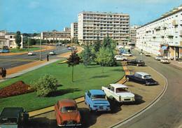 ~+ Angoulème (nouveaux Quartier De La Gare) Voitures Dauphine,Renault Major, Peugeot 404, Citroën DS - Angouleme
