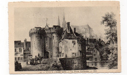 28 - Vieux CHARTRES - La Porte Guillaume  (E27) - Chartres