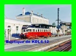 AL 528 - Autorail Renault VH En Gare - FONTENAY LE COMTE - Vendée - SNCF - Estaciones Con Trenes