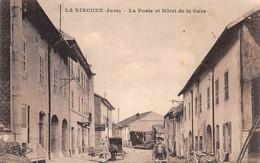 39 -  CPA  LA RIXOUZE La Poste Hotel De La Gare - Sonstige Gemeinden