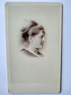 Photographie CDV USA - Portrait Jeune Femme De Profil - Chignon - Circa 1865 - Photo Hinkle, Germantown, PA TBE - Alte (vor 1900)