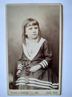 """Photographie CDV USA Enfant - Portrait Jolie Fillette Aux """"Anglaises"""" - 1888 - Salem, Mass. TBE - Old (before 1900)"""