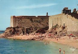 SAINT MALO : LA PLAGE DU MOLE - LES REMPARTS - LE BASTION DE LA HOLLANDE - Saint Malo
